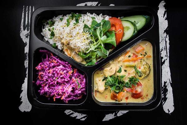 dietostrefa-catering-dietetyczny-warszawa-minsk-mazowiecki-wegrow-hashimoto-less-gluten-dla-diabetykow-1.jpg