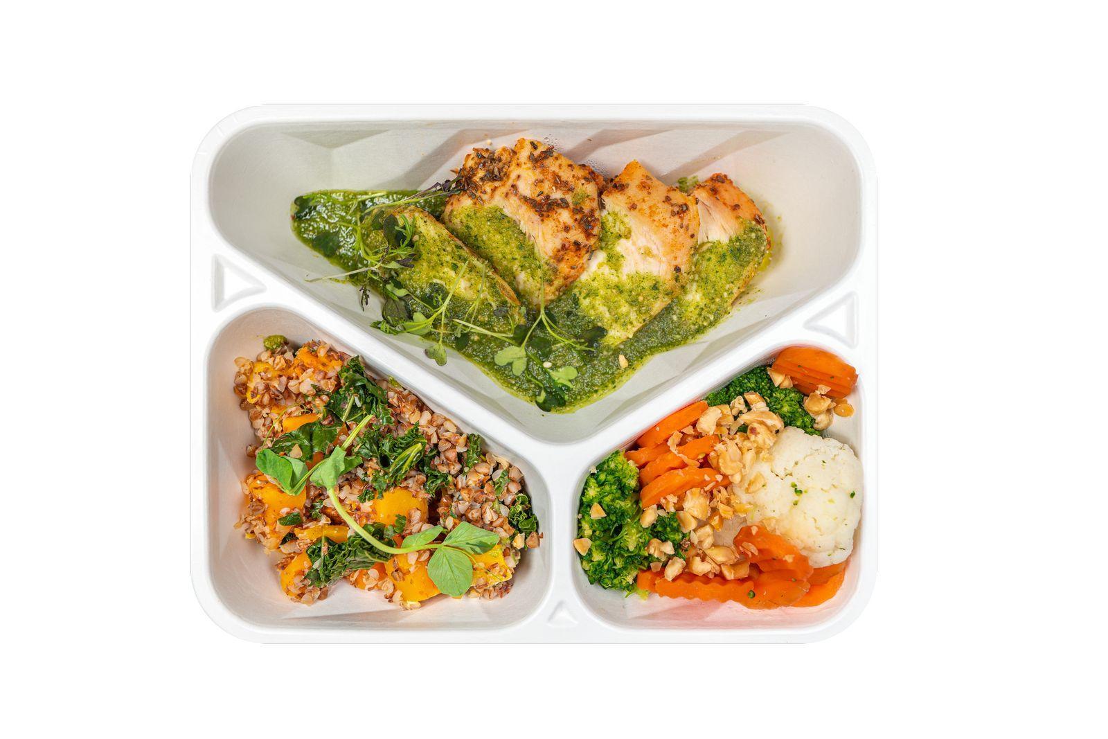 Dieta BeFit - kurczak w pesto z kaszotto i bukietem warzyw.jpg